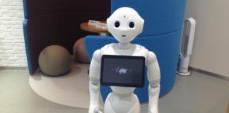 Gặp gỡ 2 robot tại Nhật Bản này sẽ khiến bạn kinh ngạc